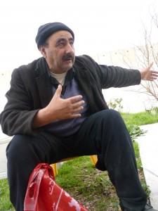 Vivre sous l'occupation (3) : Face au mur et aux colons dans colonisation Hani-225x300