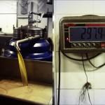 Puis, on sépare l'huile de l'eau.